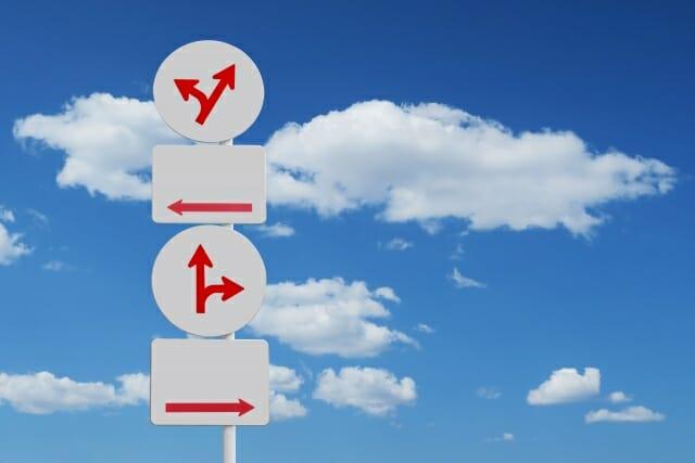 同時に2社内定、どちらを選ぶ?